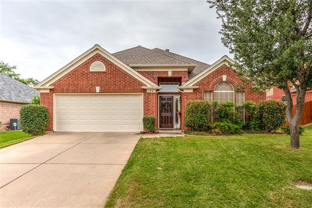 Photo of 304 Foreman Drive  Euless  TX
