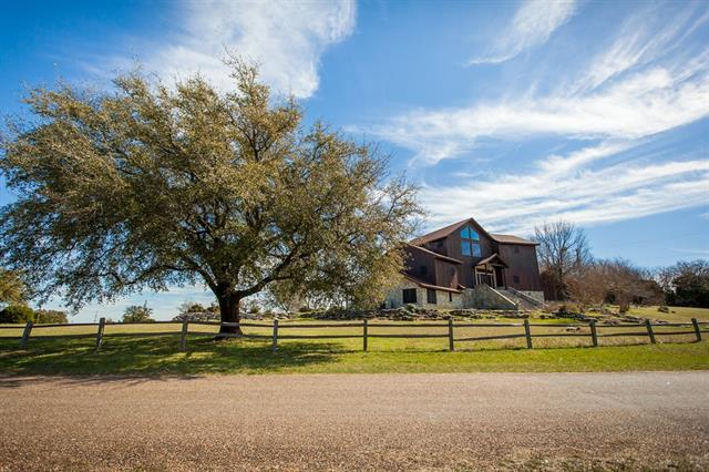 Photo of 181 County Road 1539  Morgan  TX