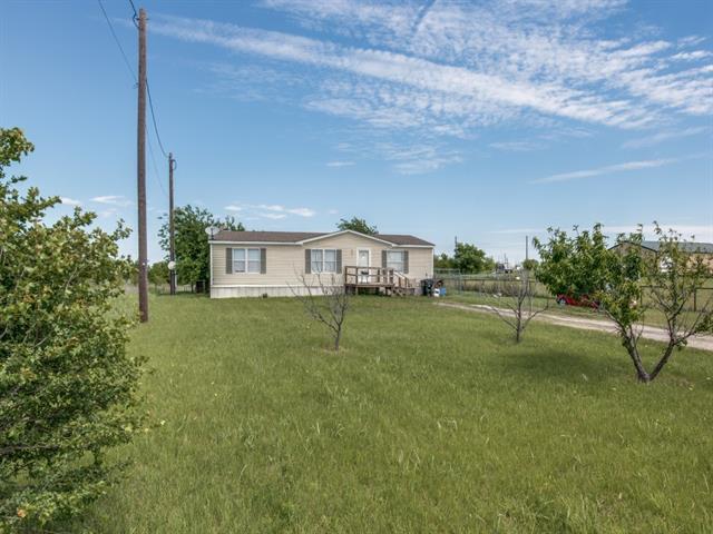 Photo of 1305 Seaborn Road  Ponder  TX