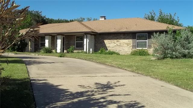 Photo of 202 N Royal Oak Drive  Duncanville  TX