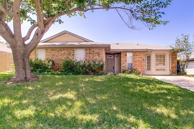 Photo of 509 Mary Jane Lane  Seagoville  TX