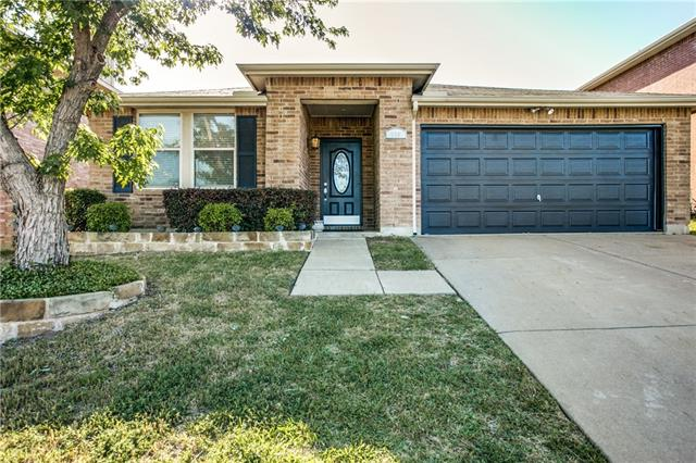 Photo of 629 Almandora Drive  Arlington  TX