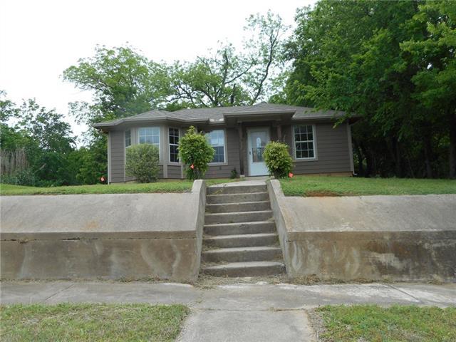 Photo of 425 W Walker Street  Denison  TX