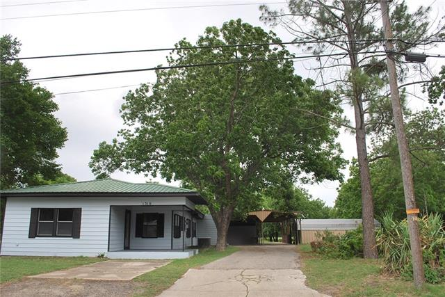 Photo of 1310 S Clements Street  Gainesville  TX
