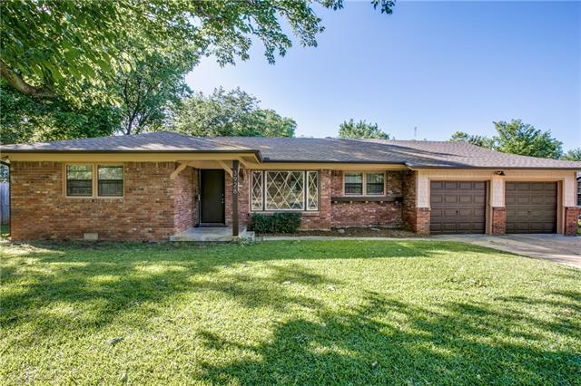 Photo of 3928 Menzer Road  Fort Worth  TX