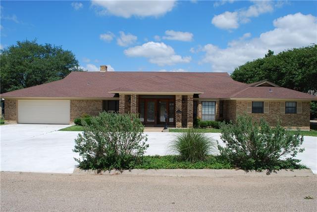Photo of 111 Garland Drive  Hillsboro  TX