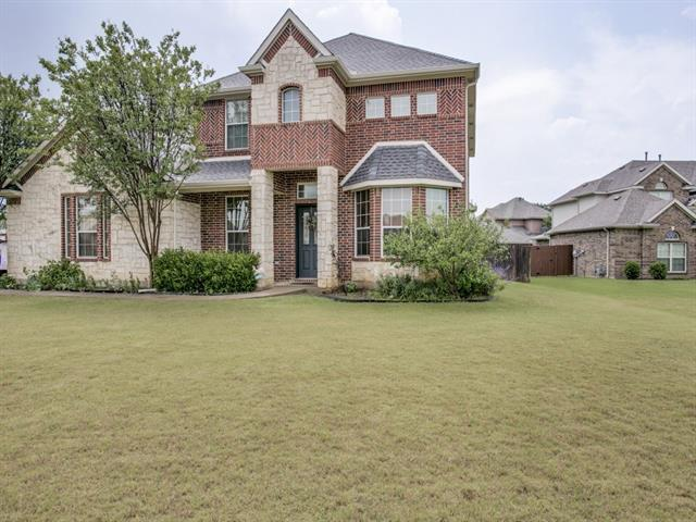Photo of 1432 Sonoma Drive  Kennedale  TX