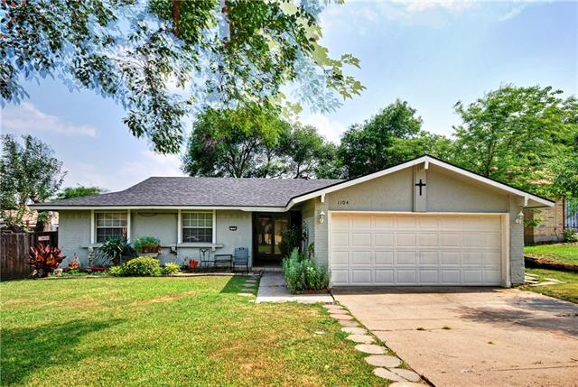 Photo of 1104 TERRACE Trail  Carrollton  TX