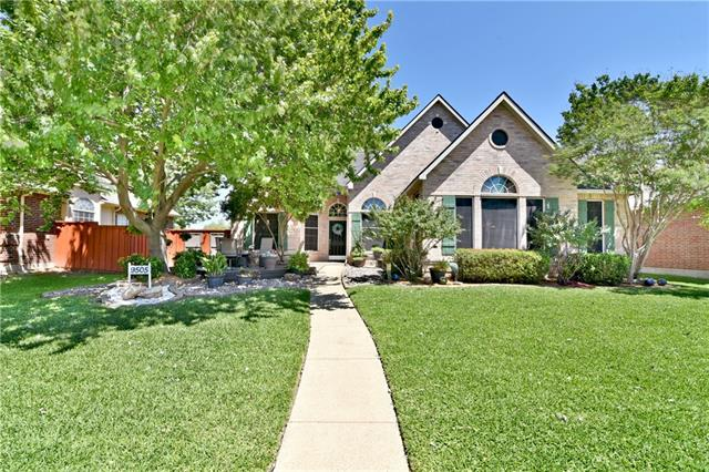 Photo of 9505 Heartstone Lane  Rowlett  TX