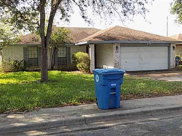 Photo of 1200 E Toledo Street  Beeville  TX