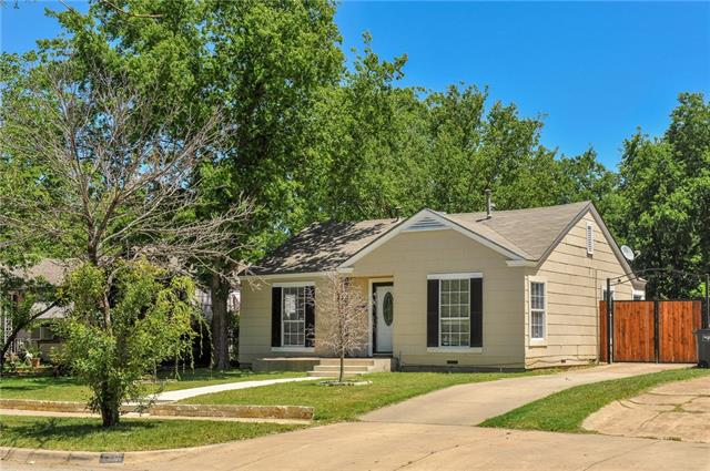 Photo of 2741 Ryan Avenue  Fort Worth  TX