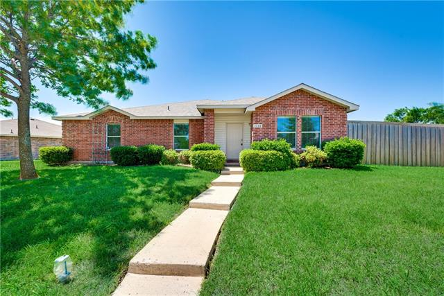 Photo of 1710 Cliffbrook Drive  Rockwall  TX