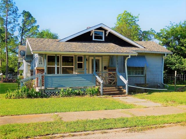 Photo of 301 W Terrell Avenue  Cooper  TX