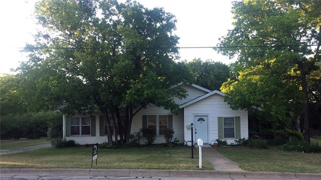Photo of 608 W Columbia Street  Weatherford  TX