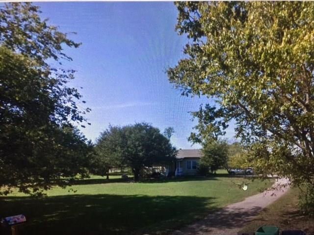 Photo of 1091 Radecke Road  Krum  TX