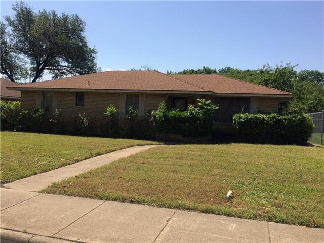 Photo of 2116 Reynoldston Lane  Dallas  TX