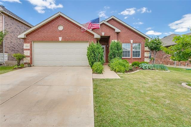 Photo of 2221 Cavalry Drive  Fort Worth  TX