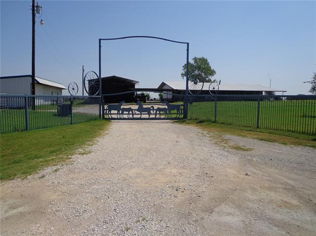Photo of 295 County Road 1695  Sunset  TX