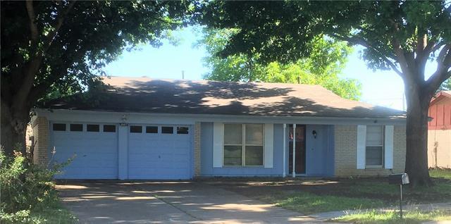 Photo of 1807 Castle Road  Arlington  TX