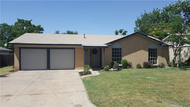 Photo of 216 Rancho Drive  Saginaw  TX
