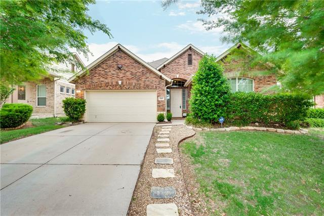 Photo of 515 Grayson Lane  Lake Dallas  TX