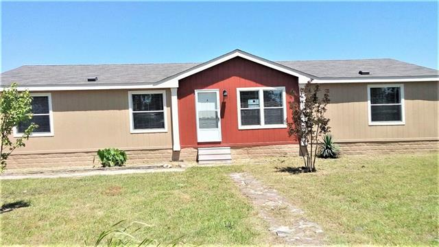 Photo of 155 County Road 15190  Blossom  TX