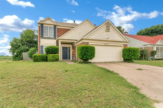 Photo of 2501 Coldstream Drive  Fort Worth  TX