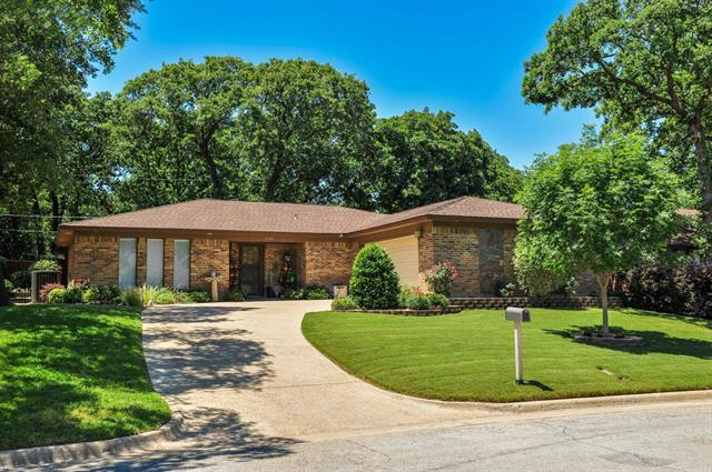 Photo of 3902 Rustic Forest Trail  Arlington  TX
