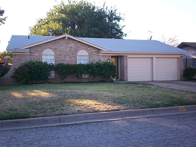 Photo of 5209 Cloyce Court  North Richland Hills  TX