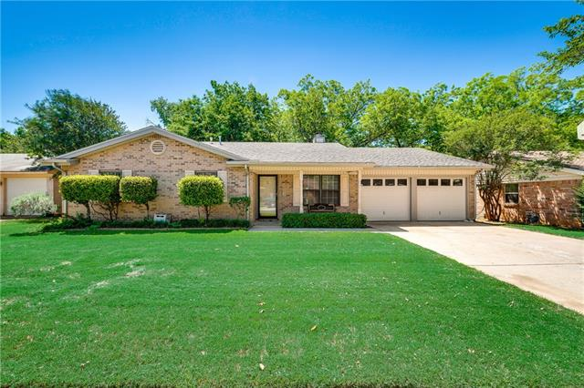 Photo of 2000 Chattanooga Drive  Bedford  TX