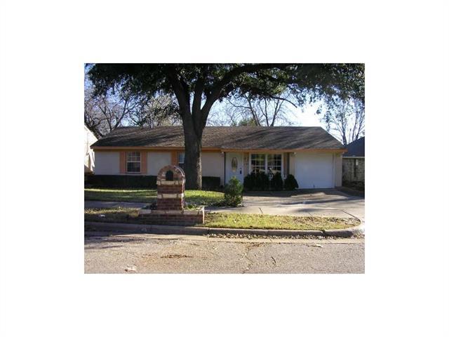 Photo of 2704 Hardy Place  Arlington  TX