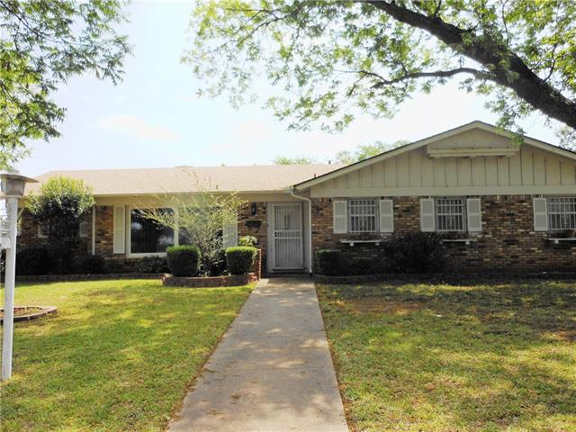Photo of 1549 Carl Street  Fort Worth  TX