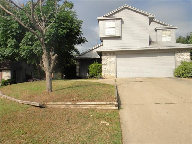 Photo of 1544 Hollowbrook Court  Fort Worth  TX