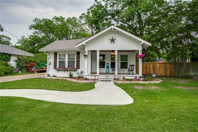 Photo of 313 Border Street  Forney  TX