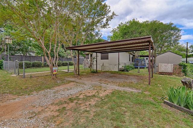Photo of 4341 Green Acres Circle  Arlington  TX
