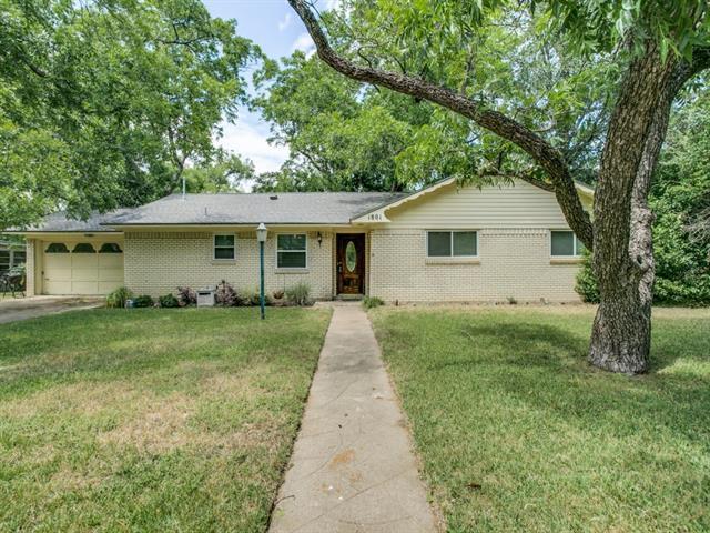 Photo of 1801 Pecan Park Drive  Arlington  TX