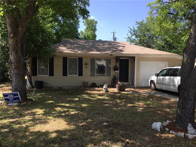 Photo of 5521 James Drive  River Oaks  TX