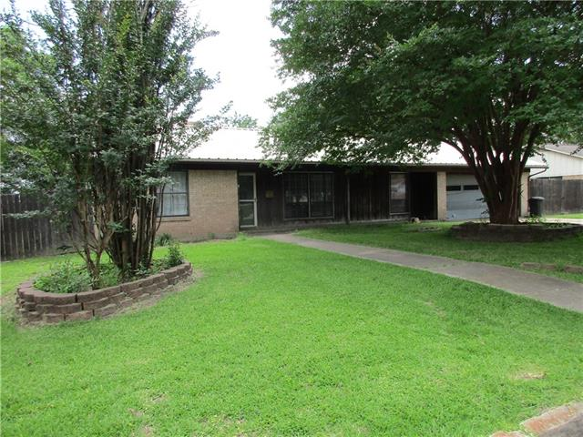 Photo of 106 Carpenter Loop  Bonham  TX