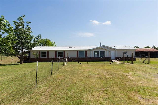 Photo of 1209 Rosewood Drive  Terrell  TX