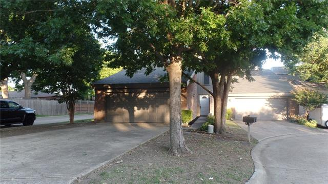 Photo of 836 Clarissa Place  Garland  TX