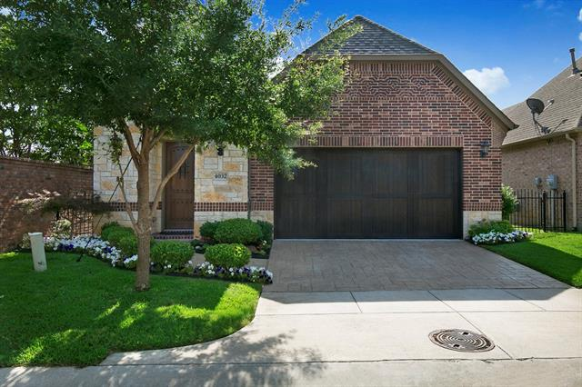 4032 Martin Drive, Bedford, Texas