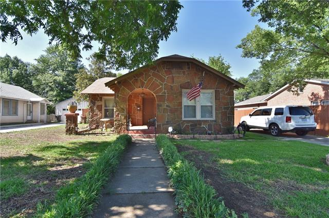 Photo of 2515 Yucca Avenue  Fort Worth  TX