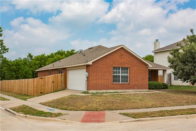Photo of 8120 Cutter Hill Avenue  Fort Worth  TX