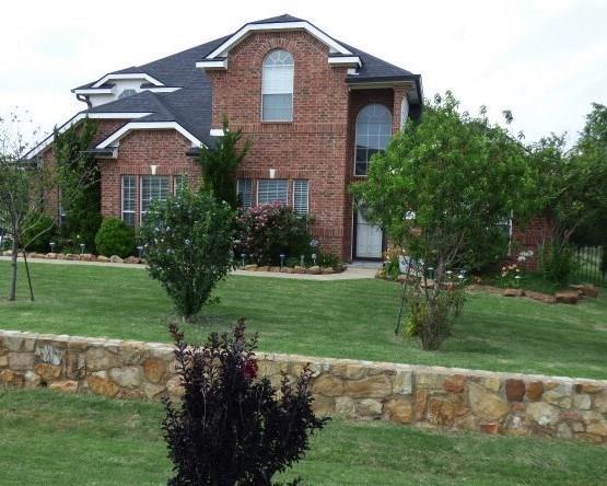 Photo of 8831 Mattie Lane  Waxahachie  TX