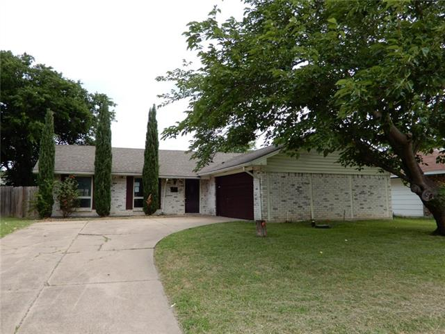 Photo of 626 W Grenoble Drive  Grand Prairie  TX