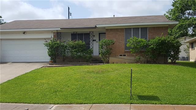 Photo of 2216 Bayberry Drive  Mesquite  TX