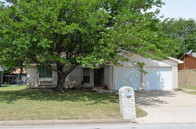 Photo of 1129 Dennis Drive  Saginaw  TX