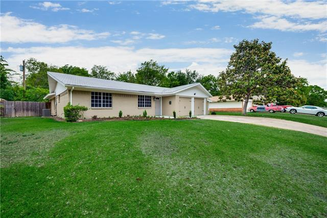 Photo of 713 Wyche Drive  Irving  TX
