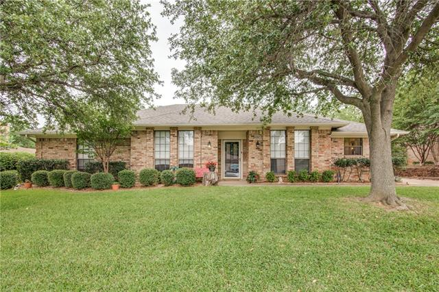 Photo of 905 Forest Trail Court  Euless  TX