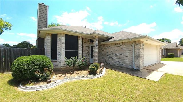 Photo of 520 Ridgewood Street  Lake Dallas  TX